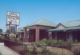 Tanjil Motor Inn - Accommodation Airlie Beach