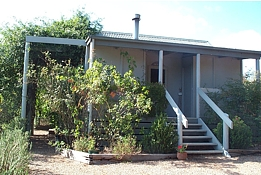 Ellisfield Farm - Accommodation Airlie Beach