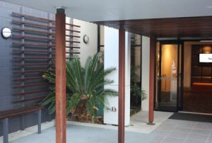 Quality Hotel Airport International - Accommodation Airlie Beach