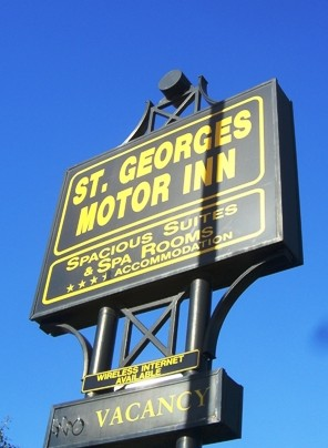 St Georges Motor Inn - Accommodation Airlie Beach