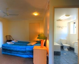 Blue Waters Motel - Accommodation Airlie Beach