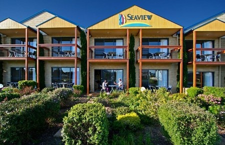 Seaview Motel  Apartments - Accommodation Airlie Beach