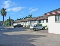 Hanging Rock Family Motel - Accommodation Airlie Beach