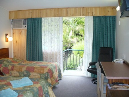 Coachman Motel - Accommodation Airlie Beach