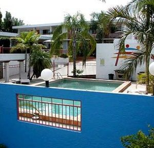 Caloundra Suncourt Motel - Accommodation Airlie Beach