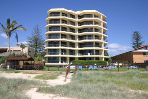Spindrift On The Beach - Accommodation Airlie Beach