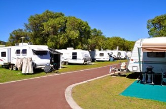 Emu Beach Holiday Park - Accommodation Airlie Beach