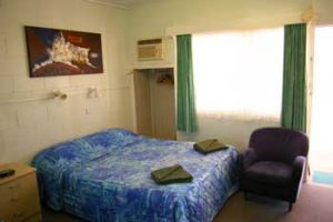 Cooroy Motel  Caravan Park - Accommodation Airlie Beach