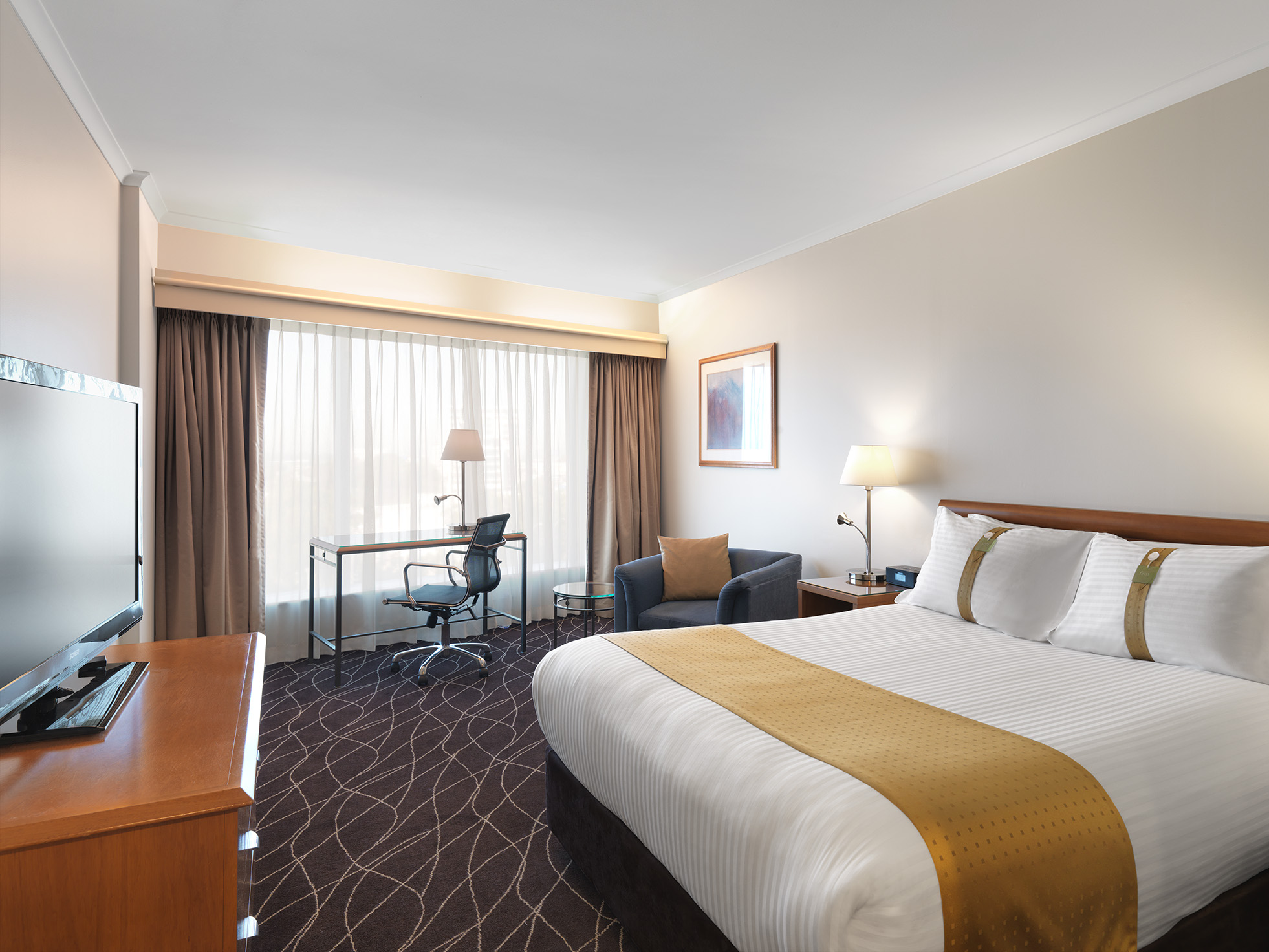 Holiday Inn Sydney Airport - Accommodation Airlie Beach