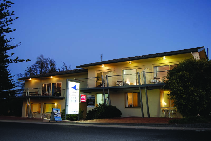 Harbour View Motel - Accommodation Airlie Beach