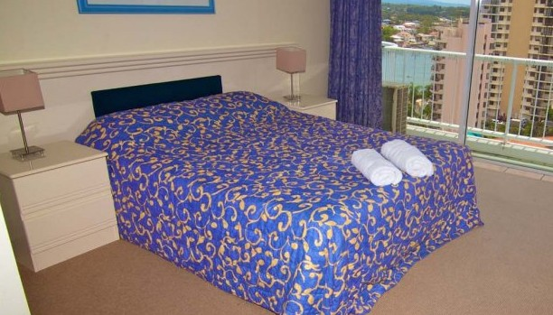 Surfers Mayfair - Accommodation Airlie Beach