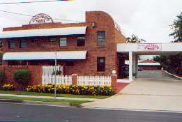 Aspley Pioneer Motel - Accommodation Airlie Beach
