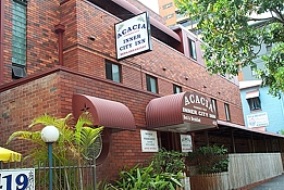 Acacia Inner City Inn - Accommodation Airlie Beach