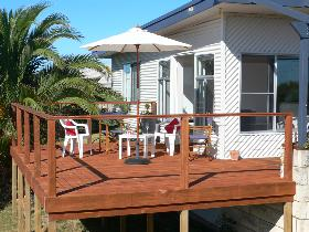 Beachport Escape - Accommodation Airlie Beach