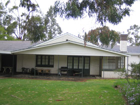 Naracoorte Cottages - Pinkerton Hill - Accommodation Airlie Beach