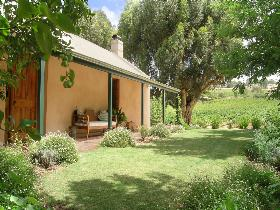 Seppeltsfield Vineyard Cottage - Accommodation Airlie Beach