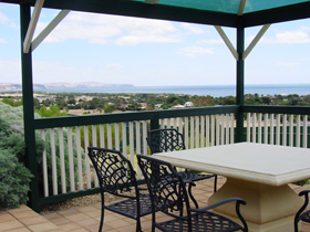 Panorama at Carrickalinga - Accommodation Airlie Beach