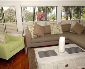 Coast Holiday Accommodation - Accommodation Airlie Beach