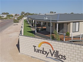 Tumby Villas - Accommodation Airlie Beach