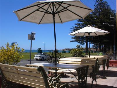 Anchorage at Victor Harbor Seafront Hotel - Accommodation Airlie Beach