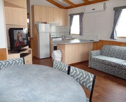 Victor Harbor Holiday and Cabin Park - Accommodation Airlie Beach