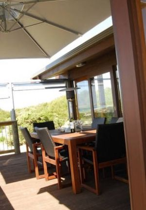Sleaford Bay Retreat - Accommodation Airlie Beach