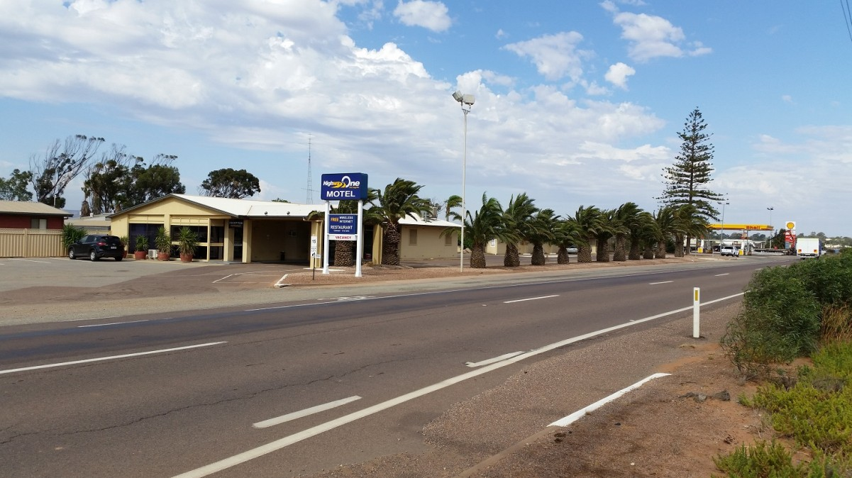 Highway One Motel Port Augusta - Accommodation Airlie Beach