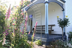 Devonport Bed  Breakfast - Accommodation Airlie Beach
