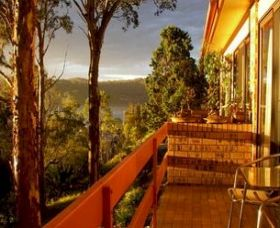 Forsters Bay Views - Accommodation Airlie Beach