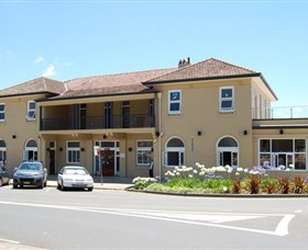 The Huskisson on Jervis Bay - Accommodation Airlie Beach