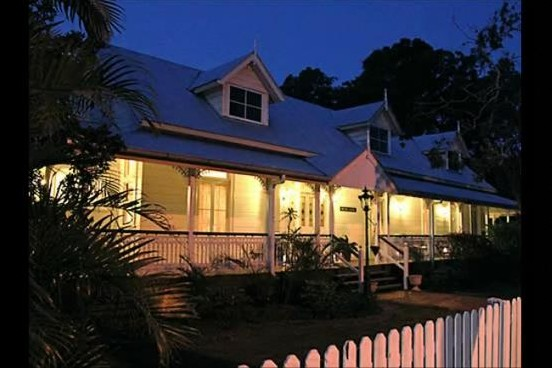 Bli Bli House Riverside Retreat  - Accommodation Airlie Beach