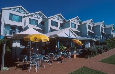 Breakers Apartments Mollymook - Accommodation Airlie Beach
