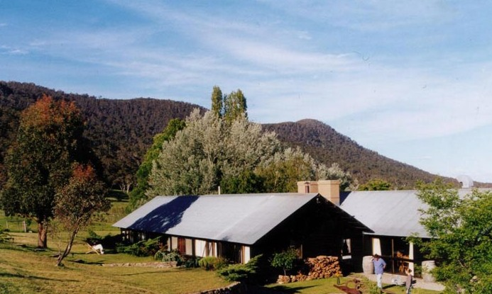 Crackenback Farm Mountain Guesthouse - Accommodation Airlie Beach