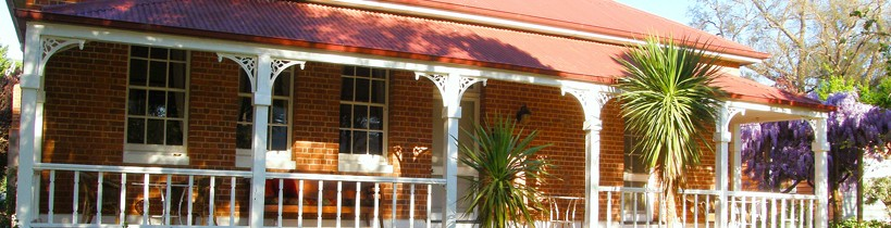 Araluen Old Courthouse Bed and Breakfast - Accommodation Airlie Beach