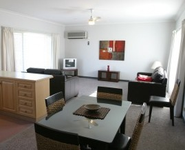Barham Golden Rivers Holiday Apartments - Accommodation Airlie Beach