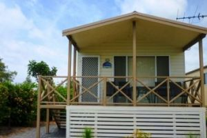 Belmont Pines Lakeside Holiday Park - Accommodation Airlie Beach