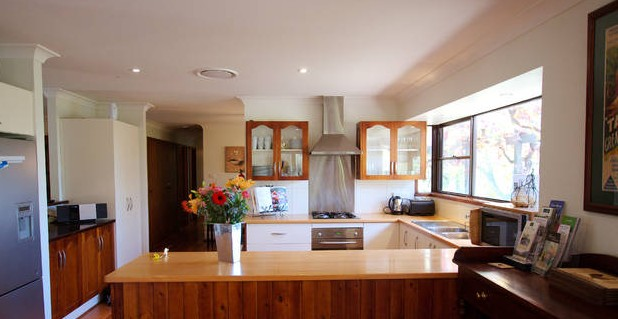 Cicada Country House - Accommodation Airlie Beach