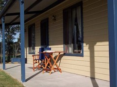 Belmadar Rose Cottage - Accommodation Airlie Beach