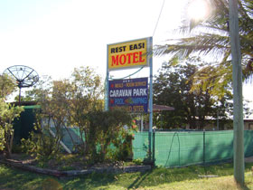 Rest Easi Motel - Accommodation Airlie Beach