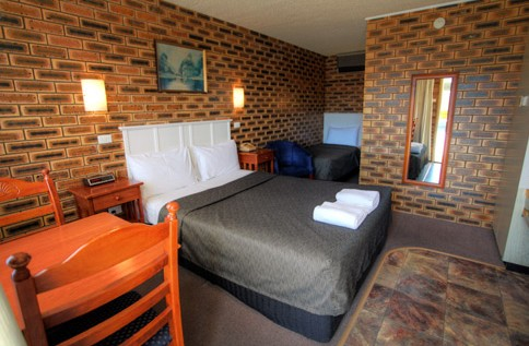 Apple and Grape Motel - Accommodation Airlie Beach