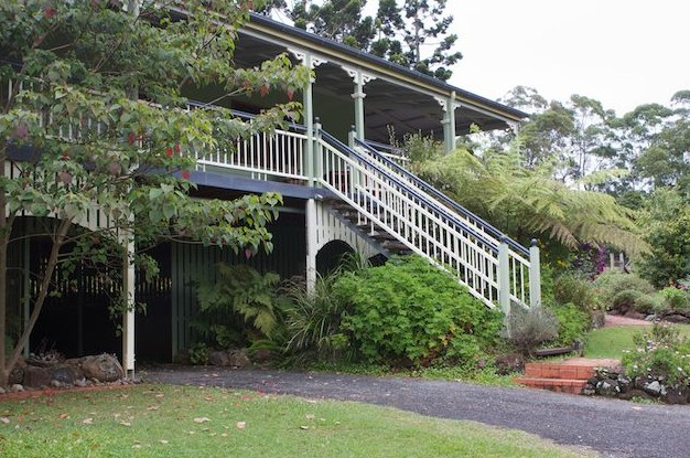 The Cottage at The Sanctuary Bed and Breakfast - Accommodation Airlie Beach