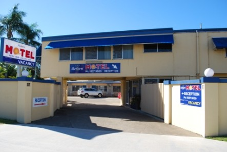 Sunburst Motel - Accommodation Airlie Beach