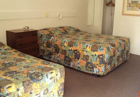 Beaudesert Motel - Accommodation Airlie Beach