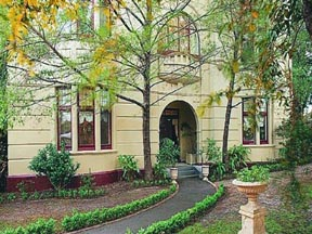 Quality Toorak Manor - Accommodation Airlie Beach