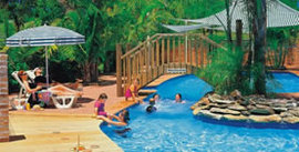 Happy Hallidays Holiday Park - Accommodation Airlie Beach