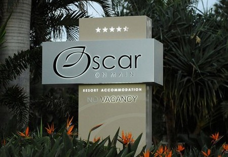 Oscar On Main Resort - Accommodation Airlie Beach