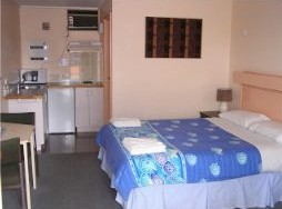 Blue Marlin Resort And Motor Inn - Accommodation Airlie Beach
