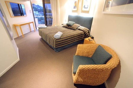 Coolum Caprice - Accommodation Airlie Beach