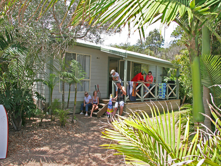 One Mile Beach Holiday Park - Accommodation Airlie Beach