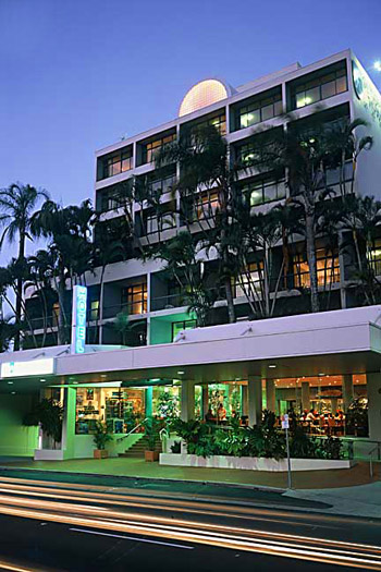 Cairns Sunshine Tower Hotel - Accommodation Airlie Beach